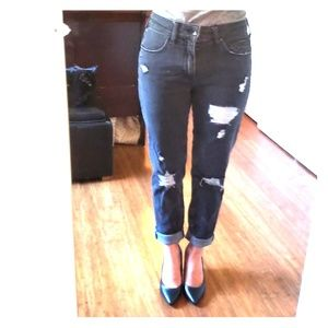 Empyre easton boyfriend distressed jeans size 3